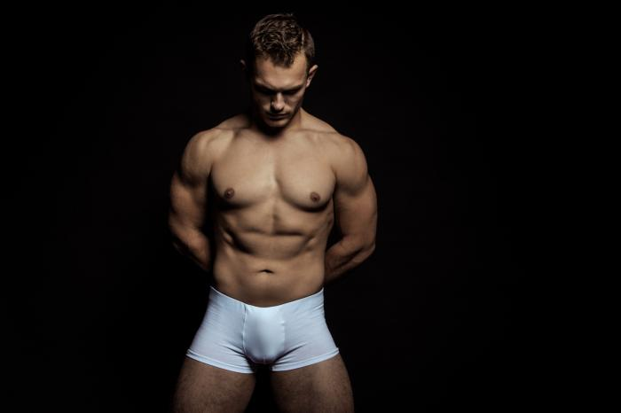 Grindr Now Allows Underwear Profile Pics