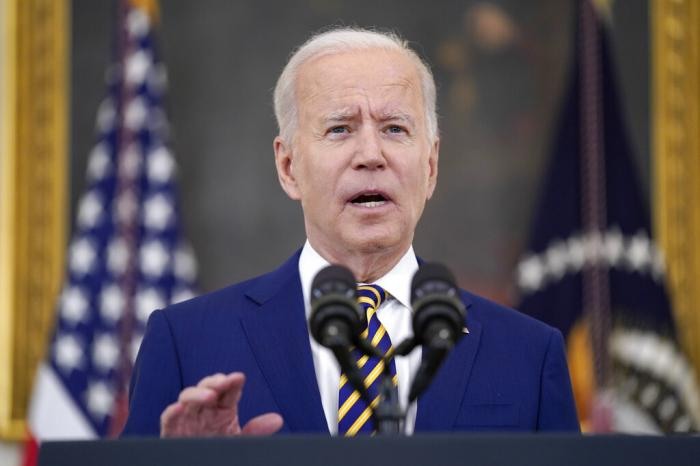 Biden Urges Shots for Young Adults as Variant Concern Grows