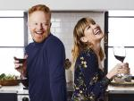 Jesse Tyler Ferguson and Julie Tanous Cook Up a Friendship
